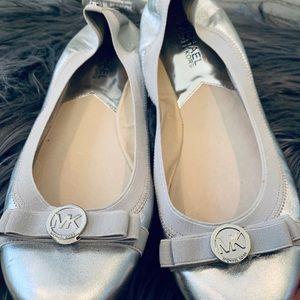 Women's shoe  MK